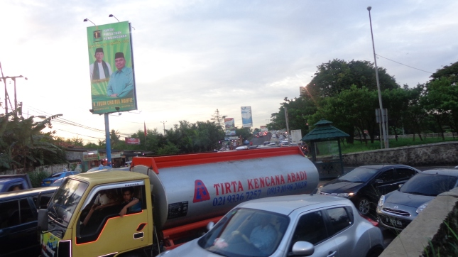 The 5 o'clock traffic in Tangerang.