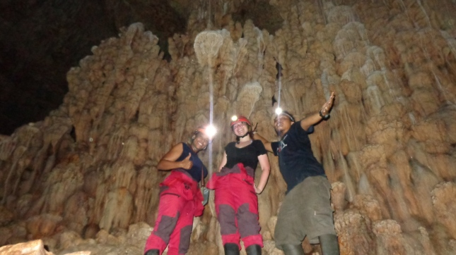 Caving with the caving fan
